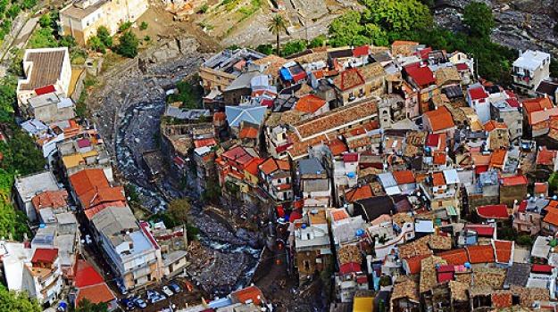 Alluvione 2009 chieste condanne per 110 anni - Gazzetta ...