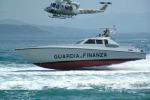 Bloccata nave senza bandiera con 20 ton. di hashish