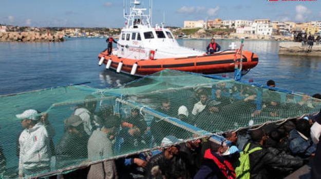 migranti, sbarco, Sicilia, Archivio