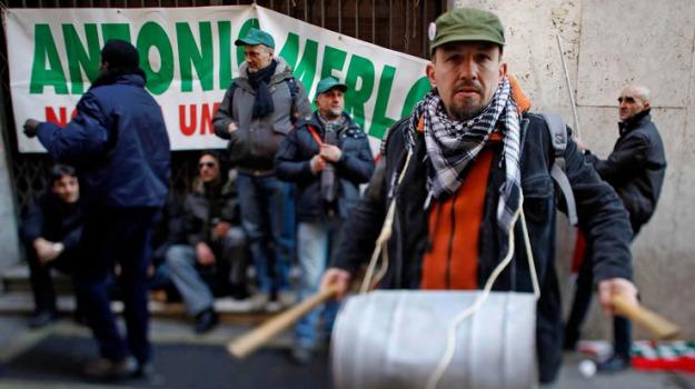 cassa integrazione, cassintegrazione, crisi, Sicilia, Archivio, Cronaca