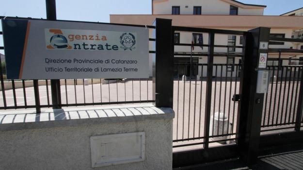 agenzia entrate, bomba, lamezia, Catanzaro, Calabria, Archivio