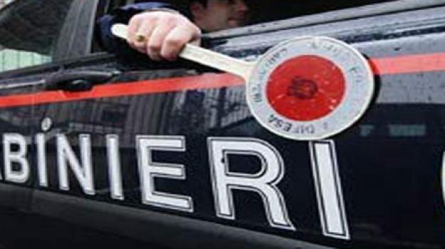 44enne ruba alcolici, prima di udienza penale, ragusano, Sicilia, Archivio