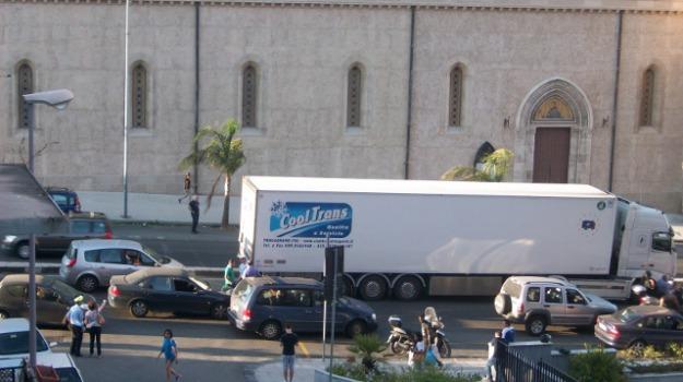 boccetta, traffico, Messina, Archivio