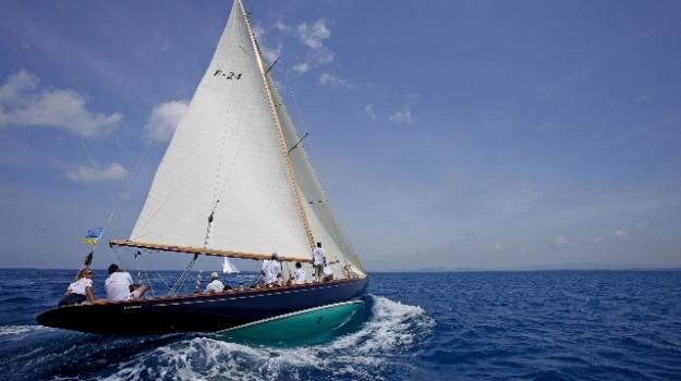 barca a vela, guardia costiera, Catanzaro, Reggio, Calabria, Archivio