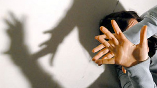 arresto, carabinieri, cosenza, romeno, violenza sessuale, Cosenza, Calabria, Archivio