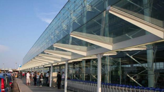 aeroporto, Bretella collagamento con Ragusa-Catania, comiso, Sicilia, Archivio