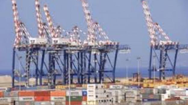 autorità portuale del Tirreno meridionale e dello Ionio, porti calabria, Calabria, Economia