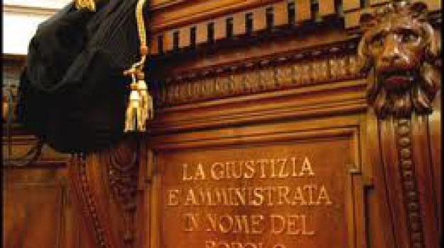 operazione icaro, Messina, Archivio