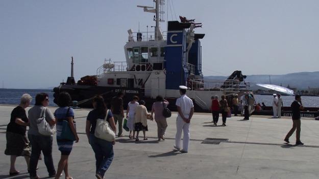 capitaneria di porto, mini crociera nello stretto di messina, Messina, Archivio