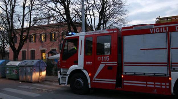 pullman a fuoco, Catanzaro, Calabria, Archivio