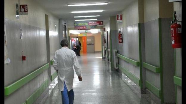 chiuse, climatizzatori guasti, rossano, sale operatorie, Cosenza, Calabria, Archivio