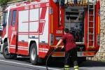Auto andate in fiamme a Cosenza, polemiche per le indennità offerte dal Comune