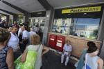 Vendevano biglietti per saltare fila alla Posta