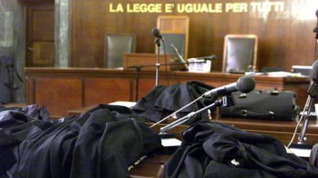 aggressione, tribunale catania, Sicilia, Archivio