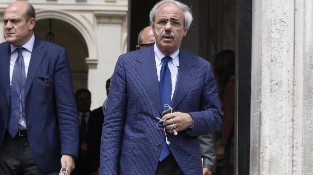 regione siciliana, voto di scambio, Raffaele Lombardo, Toti Lombardo, Sicilia, Cronaca