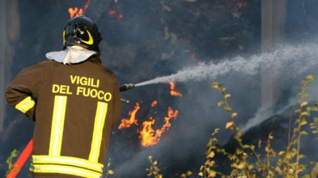 incendio, morto, roggiano gravina, Calabria, Archivio