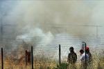Brucia rifiuti pericolosi in terreno demaniale