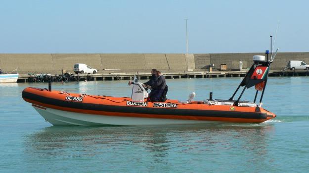 corigliano, guardia costiera, mare sicuro 2012, Cosenza, Calabria, Archivio