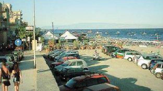 letojanni, ombrelloni, Messina, Archivio