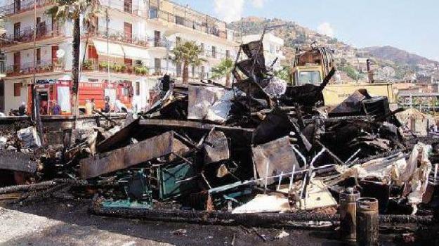 letojanni incendi, lido magic beach, Messina, Archivio