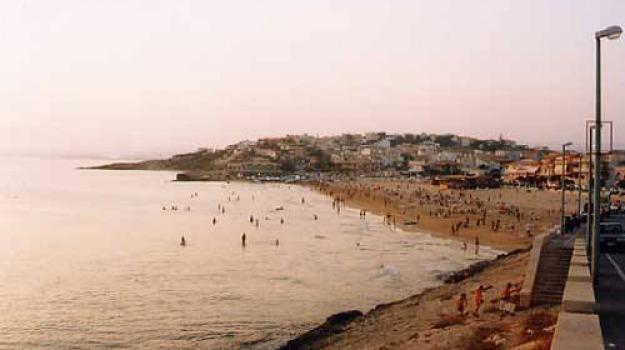 cava d'aliga, morto in mare, Sicilia, Archivio