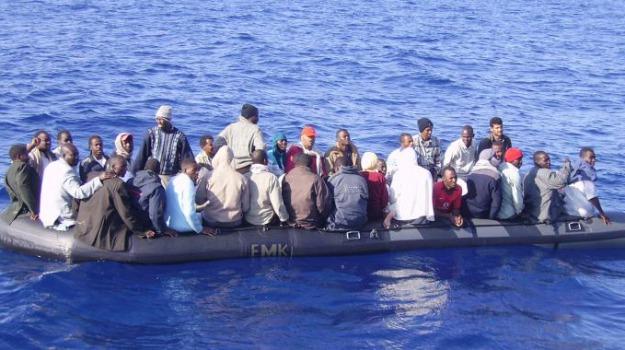 migranti, siracusa, Sicilia, Archivio