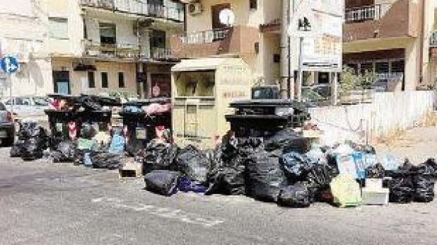 emergenza rifiuti, jonio cosentino, scontro sindaci, Calabria, Archivio