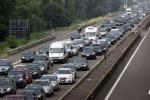 File chilometriche per lavori in corso sull'autostrada A2 tra Falerna e Lamezia Terme