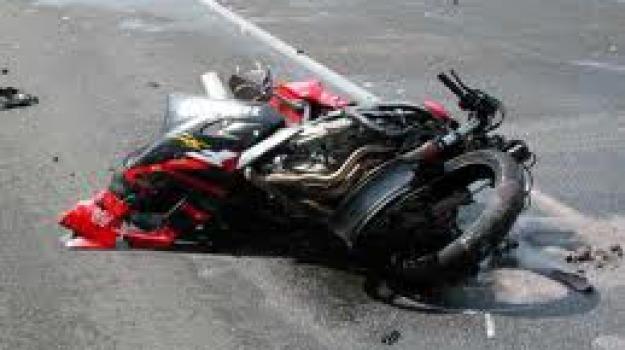 incidente moto, roseto capo spulico, Cosenza, Calabria, Archivio