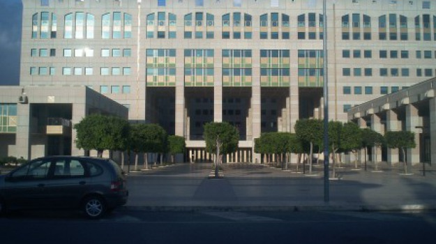 24 indagati, avvisi garanzia, chiusura indagini, operazione koleos, Calabria, Cronaca