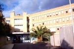 Ospedale di Locri, sigilli agli ascensori dell'ala Nord
