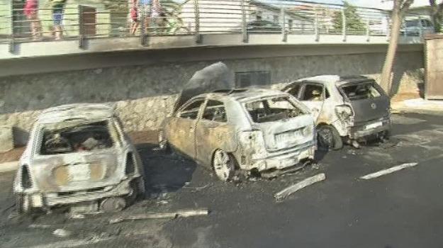 auto bruciata, Reggio, Calabria, Archivio