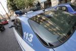 Tossicodipendente tenta di spruzzare sangue su agenti, arrestato