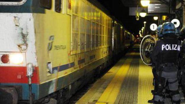 gregge, pecore, treno, Catanzaro, Calabria, Archivio