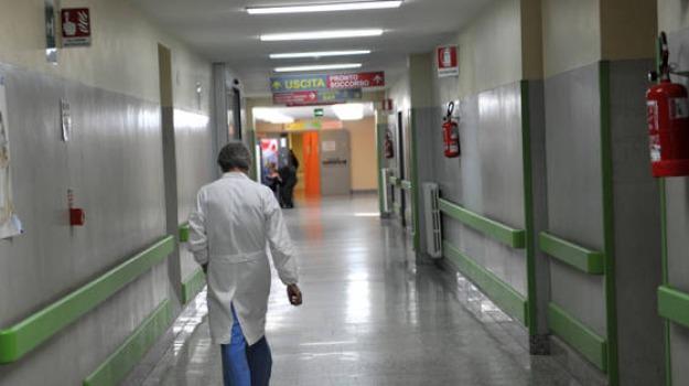 55 euro, dentisti, medici, medicina, prove, test d'ingresso, Sicilia, Archivio, Cronaca