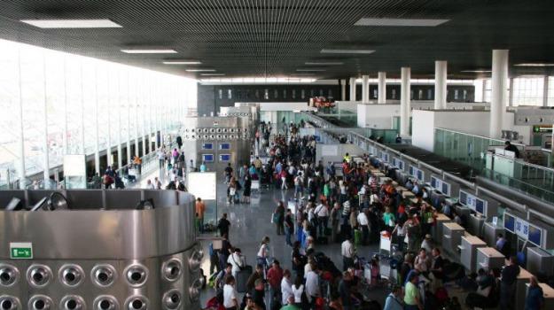 aeroporto fontanarossa, cinese, Sicilia, Archivio