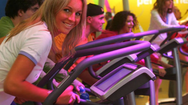 attività fisica, cancro al seno, diminuiscono, fitness, rischi, Sicilia, Archivio, Cronaca