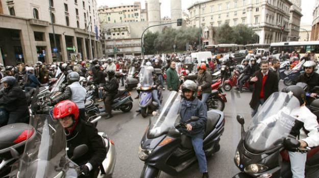scooter, Sicilia, Archivio, Cronaca