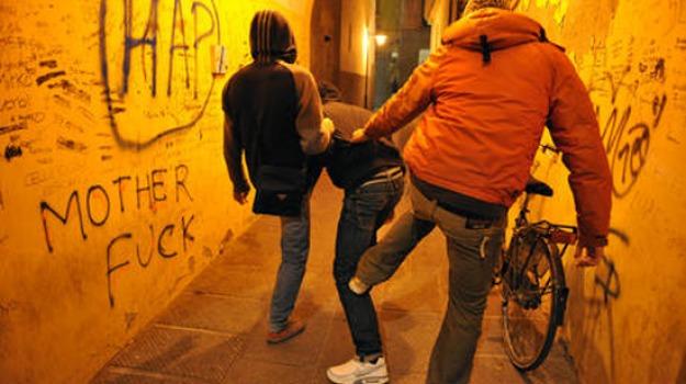 accoltella, arrestato, coetaneo, minorenne, reggio calabria, rizziconi, Reggio, Calabria, Archivio