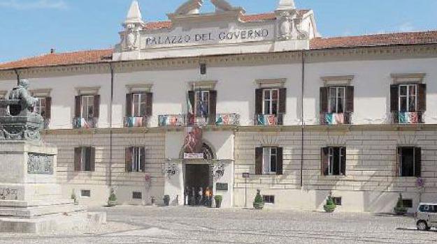 provincia cosenza bilancio in rosso, Franco Iacucci, Cosenza, Calabria, Politica