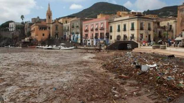alluvione, danni, lipari, scuole chiuse, Sicilia, Archivio