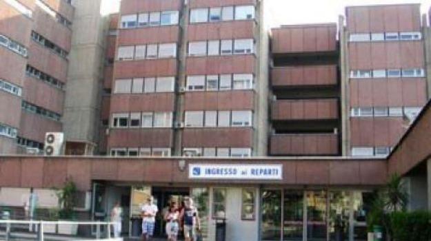carenza di personale, cercasi medici, ospedale reggio, spoke di Reggio, turni di notte, Reggio, Calabria, Cronaca