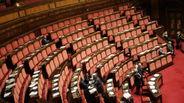 seduta, senato, sospesa, Sicilia, Archivio, Cronaca