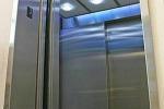 """Palmi, """"via crucis"""" per i pazienti della dialisi: l'ascensore si rompe ancora"""