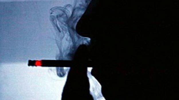 mozzicone sigaretta, Sicilia, Archivio, Cronaca