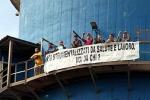 Ilva, gli operai bloccano Taranto