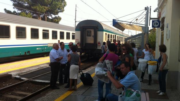 treni stracolmi, Messina, Archivio