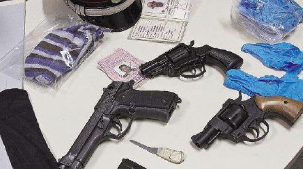 arresti, galatro, pistole, riace, Reggio, Calabria, Archivio