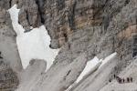Alpinista muore sotto una frana