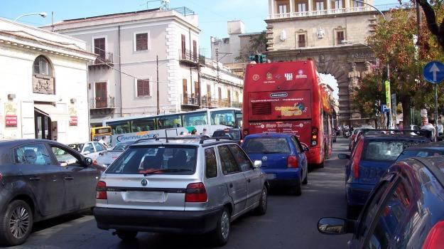 gaspare cucinella, johnny stecchino, lutto, Sicilia, Cultura